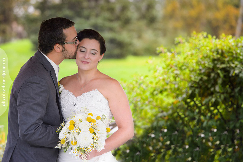 Chantal and Marc-Andre were married in Ottawa at the Canadian Golf and Country Club and photographed by Liz Bradley of elizabeth&jane photography
