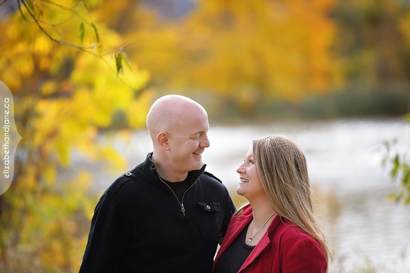 Renee and Matt's engagement session in Ottawa photographed by Liz Bradley of elizabeth&jane photography