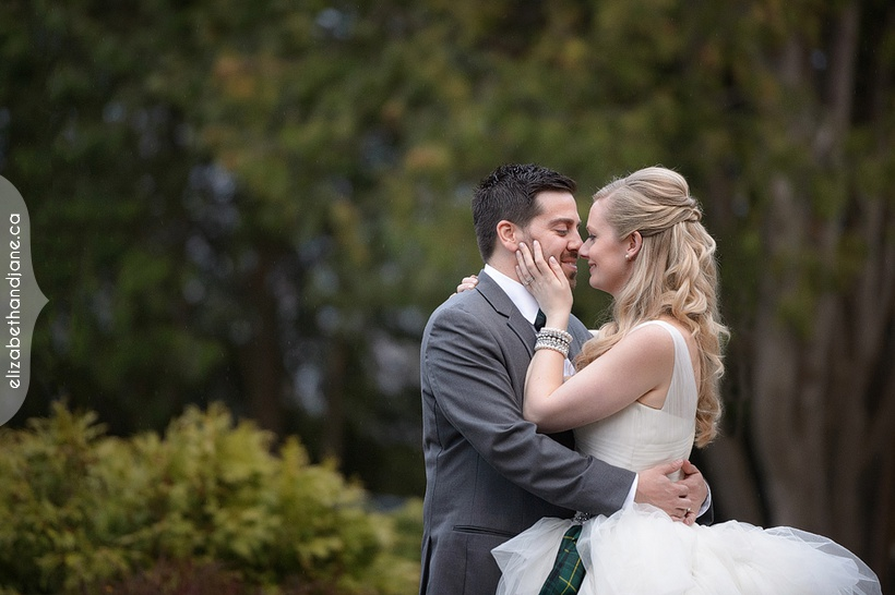 Stephanie and Jarrod's Wedding in Ottawa photographed by Liz Bradley of elizabeth&jane photography