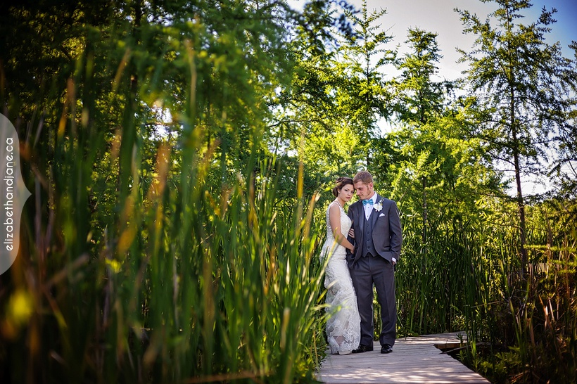 Marissa and Mathieu were married in Ottawa and the wedding was photographed by Liz Bradley of elizabeth&jane photography