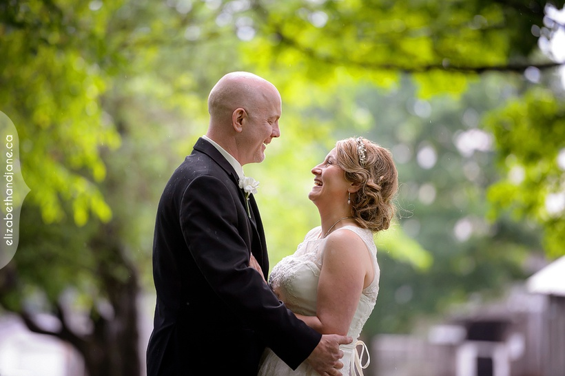 Renee and Matt were married in Ottawa and the wedding was photographed by Liz Bradley of elizabeth&jane photography