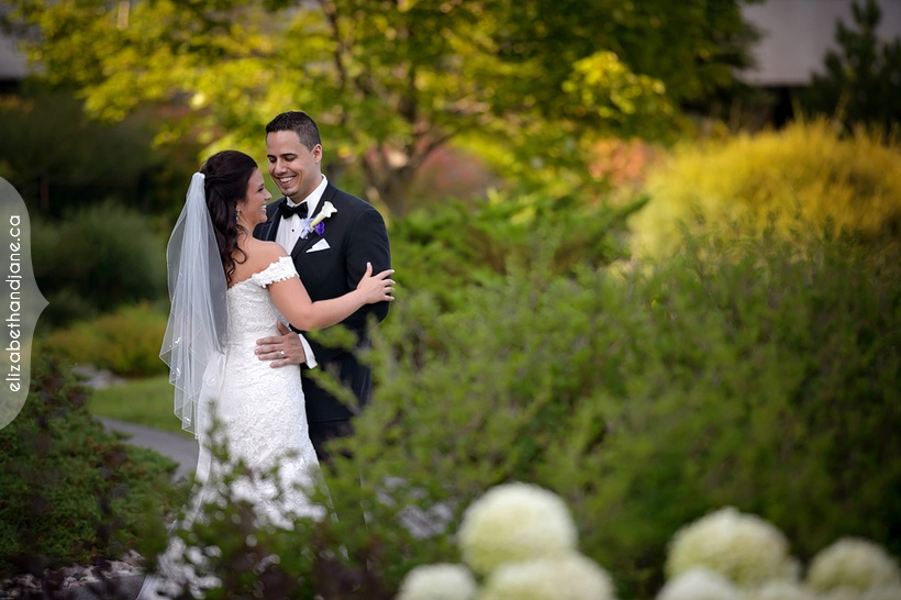 Nathalie and Bruno's wedding in Ottawa photographed by Liz Bradley of elizabeth&jane photography