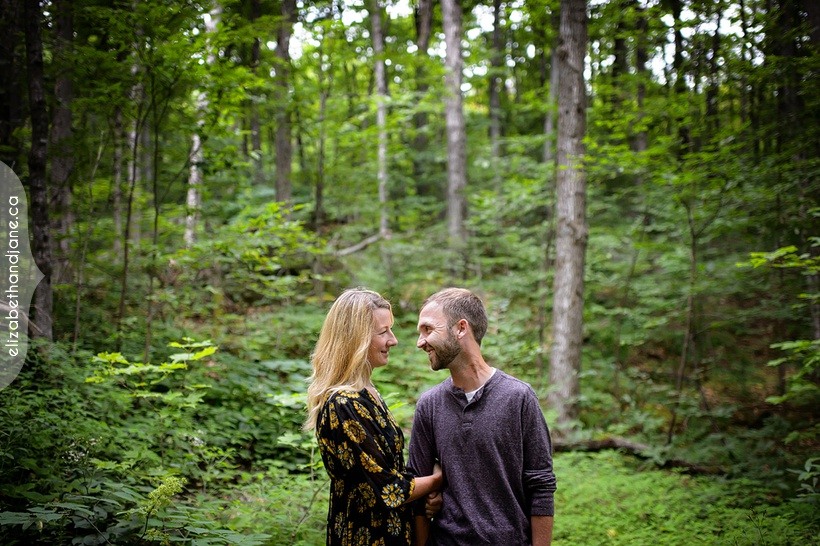 Sara and Chris engagement session in Ottawa photographed by Liz Bradley of elizabeth&jane photography