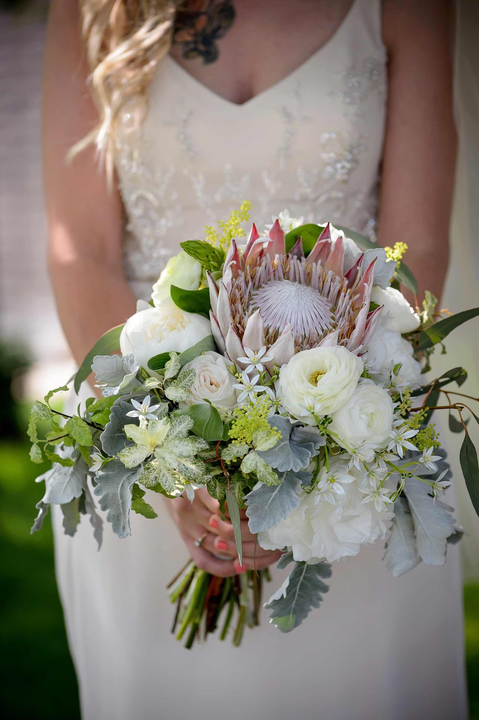 SaraChris-Wedding-PhotogFaves-012
