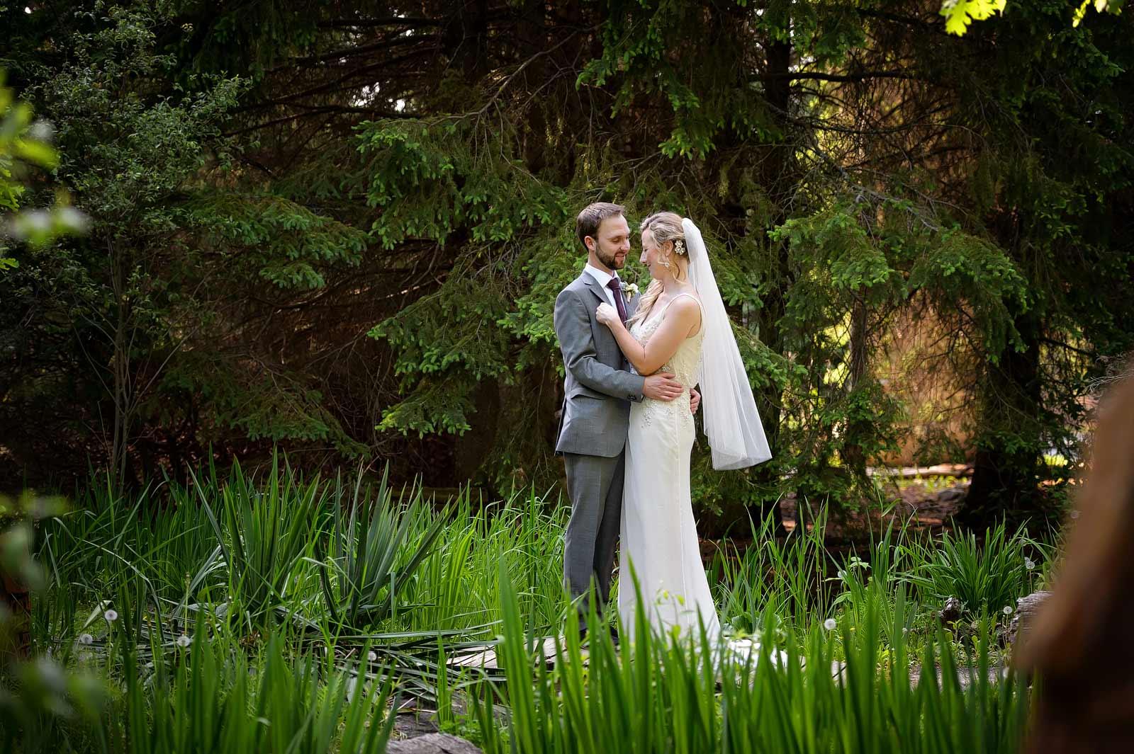 SaraChris-Wedding-PhotogFaves-152