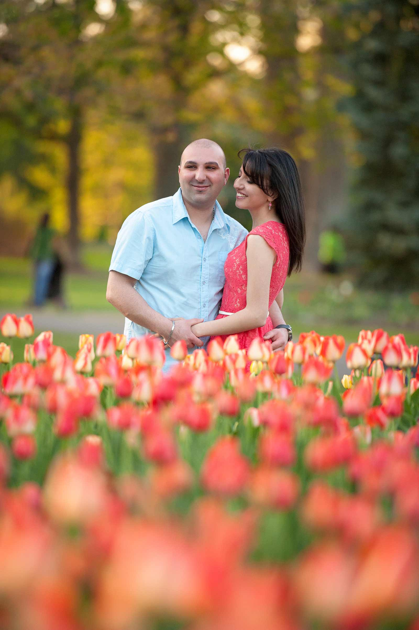 Couple at the Tulip Festival at Dow's Lake for their engagement session