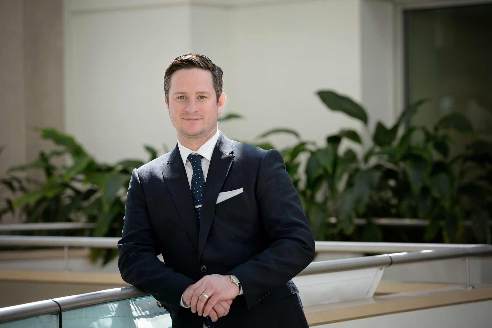 Derek MacLean mortgage broker's headshot in Ottawa