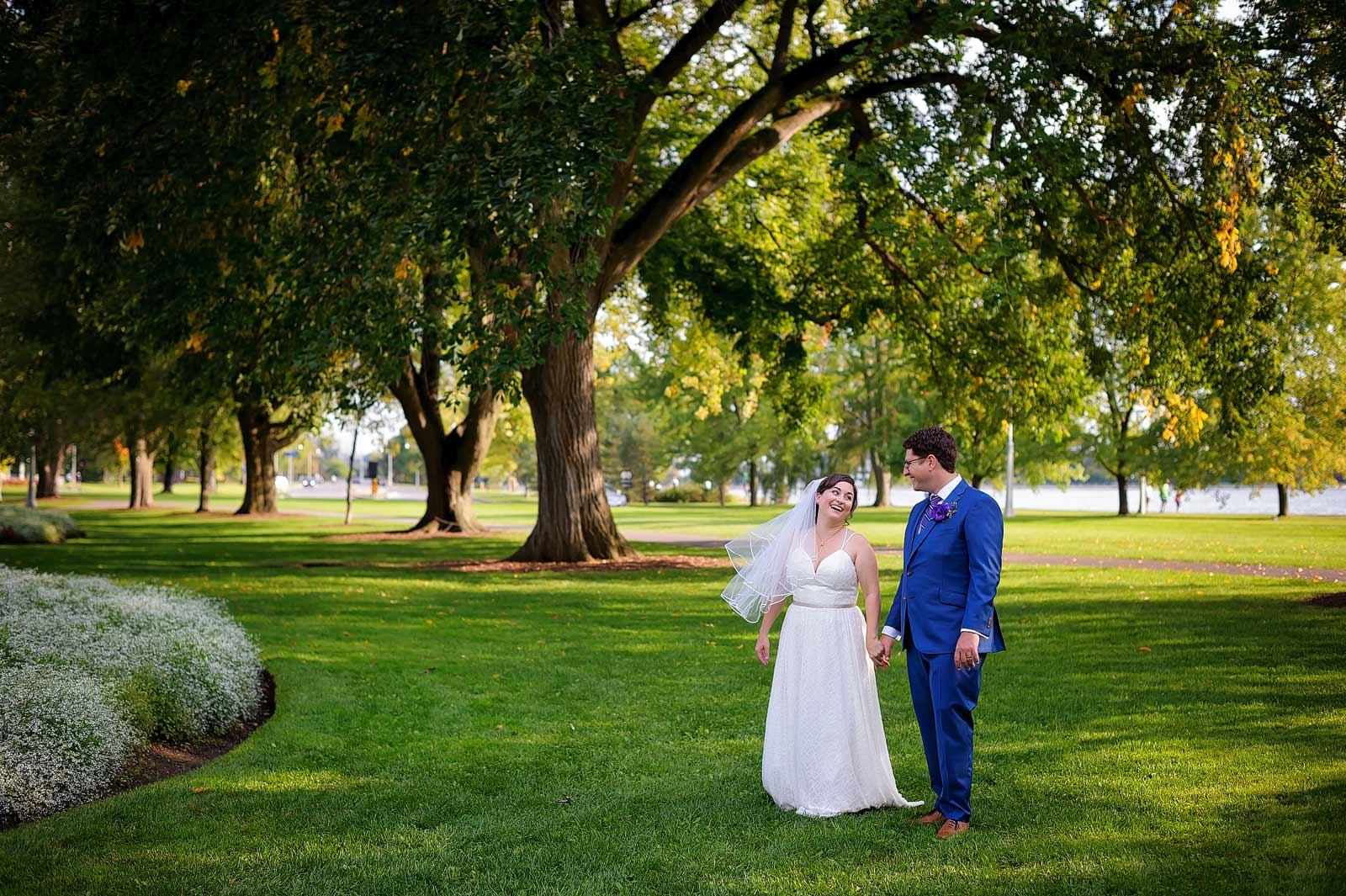 GillianChris-Wedding-sneakpeek-10