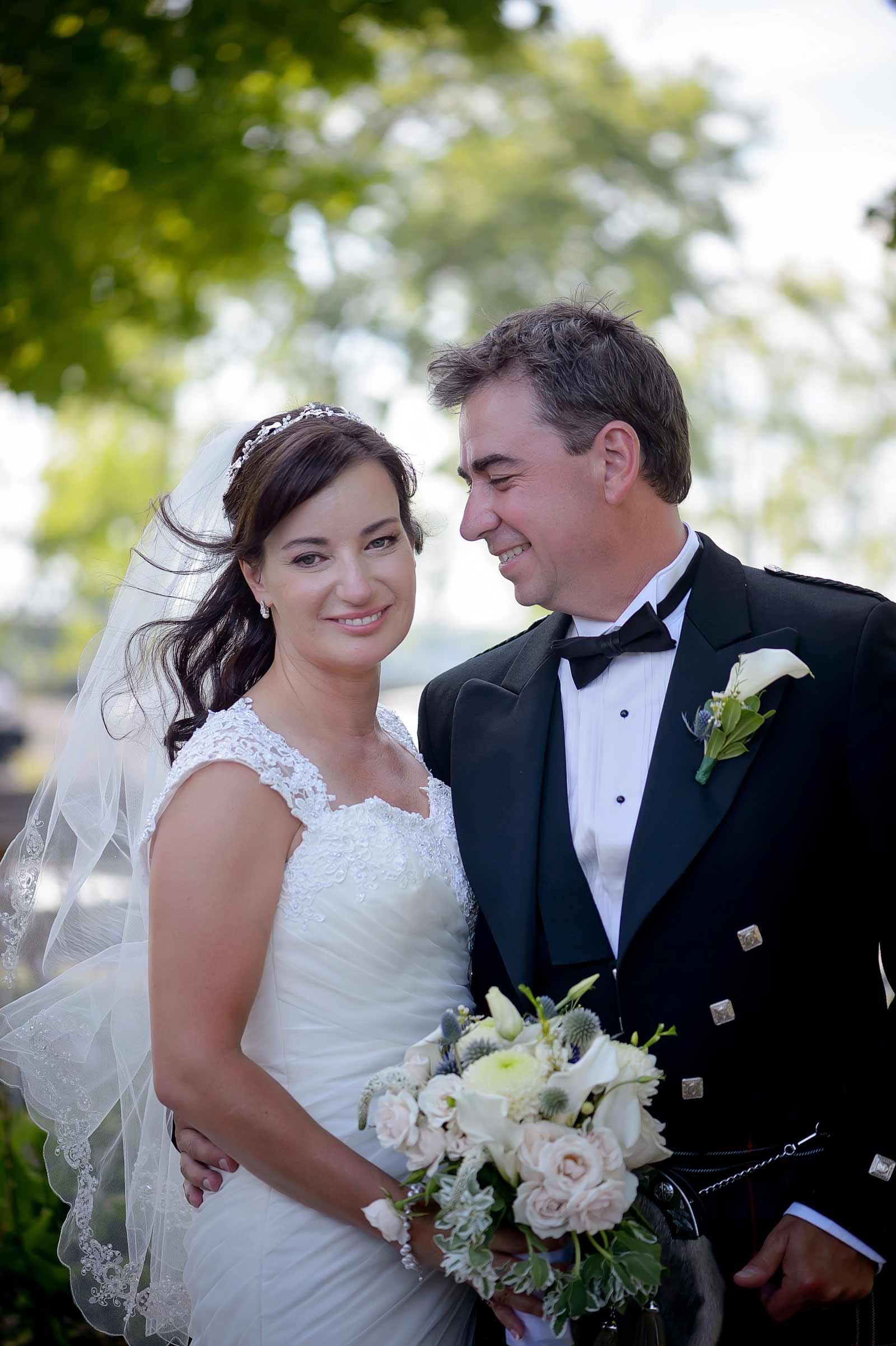 kathy-peter-wedding-sneakpeek-007