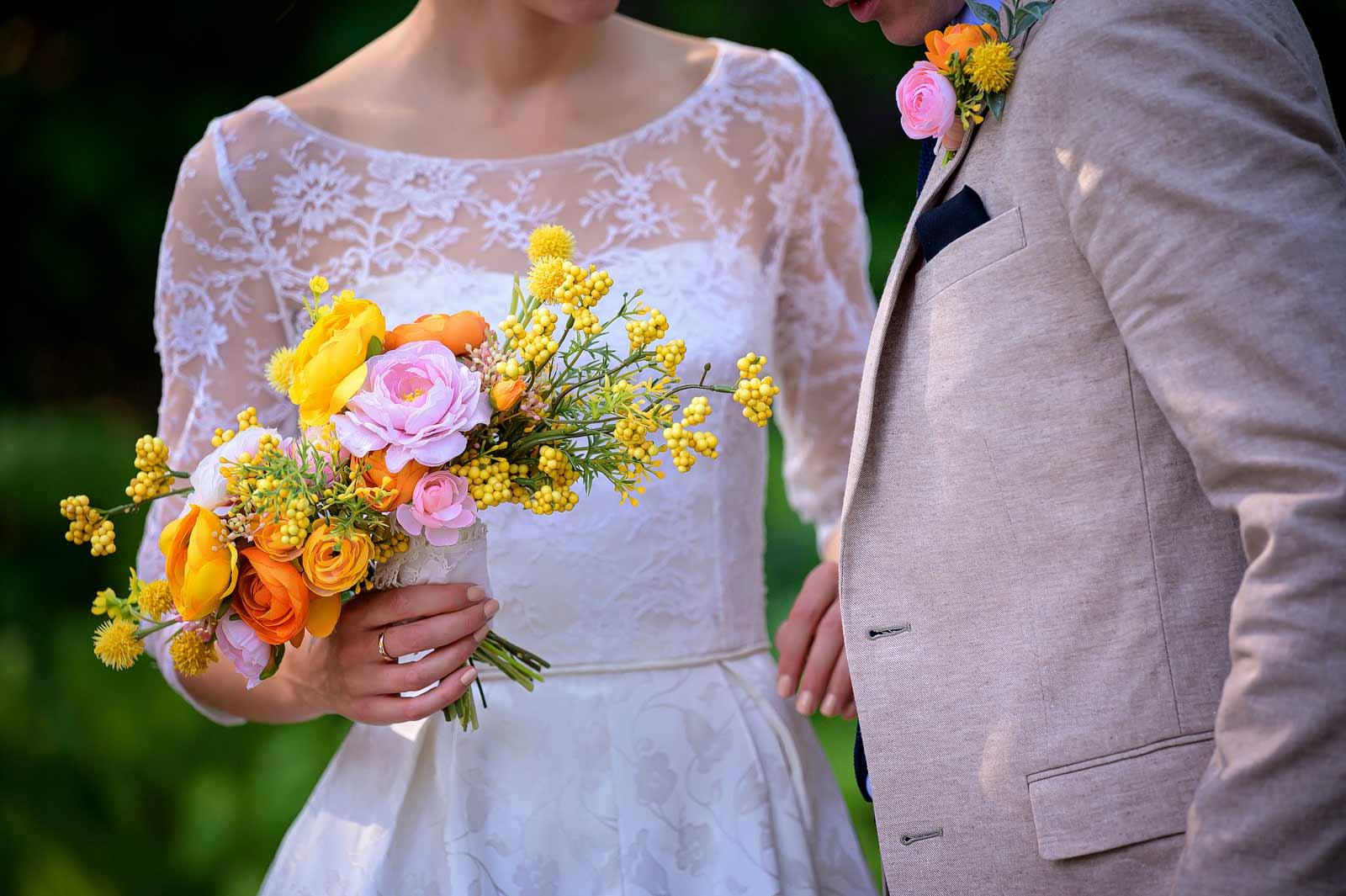rebeccatrevor-wedding-sneakpeek-12