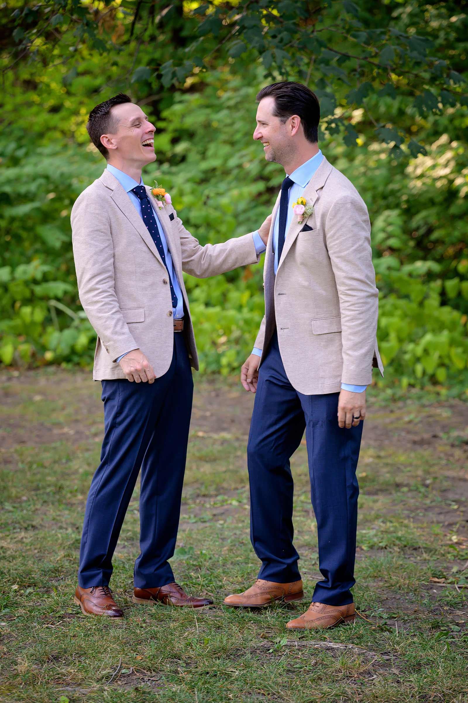 rebeccatrevor-wedding-sneakpeek-15